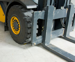 Plug Power Puts Fuel Cells in Forklifts