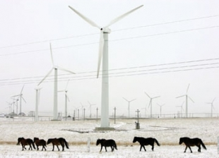 China Climbs Past US and Europe in Cleantech Investment
