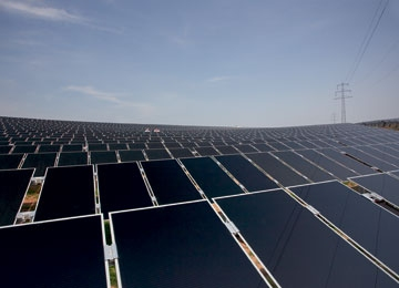 First Solar's Gift to China: How to Build a Solar Farm