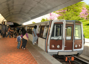 Washington Metro Will Install LEDs at Zero Cost