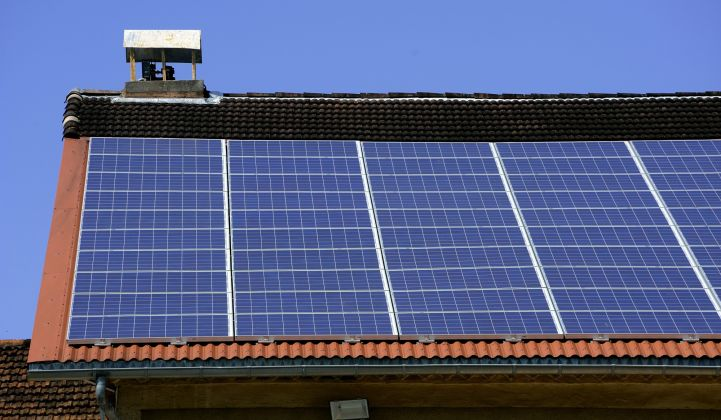 French rooftop solar costs keep falling.