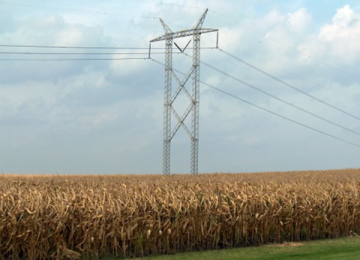 Federal Regulators Approve 100 Percent Cost Sharing for New Transmission