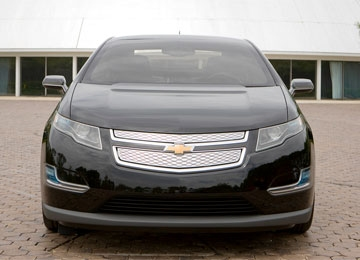 GM Announces Volt Pricing, Nissan Talks Electric Luxury Cars