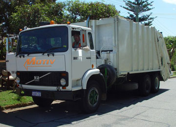 Chicago Picks Motiv for Electric Garbage Trucks